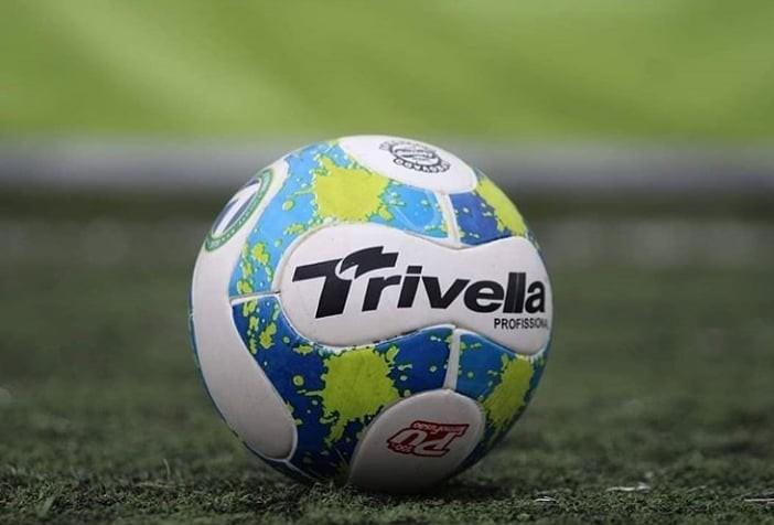 Trivella a bola da Confederação do Brasil de Futebol 7 Society